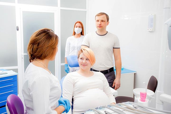Dlaczego ciąża nie zwalnia z wizyt u dentysty
